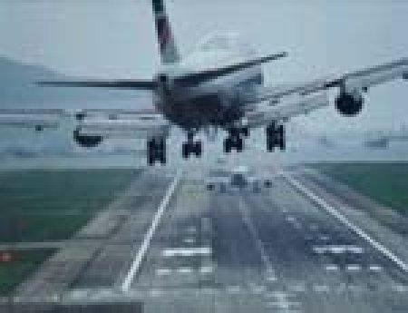 Аэропорт Челябинска закрыт из-за метели