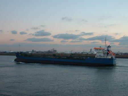 Пираты захватили еще один греческий танкер