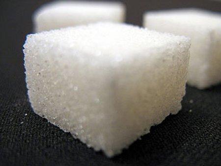 Беларусь введет пошлину на импорт сахара с Нового года