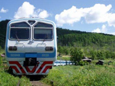 'Укрзализныця' хочет получить свой доход от отправителей, ушедших на автотранспорт